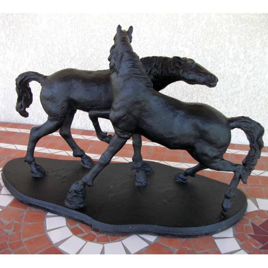 Statue accolade en fonte
