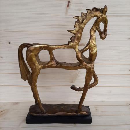 Statuette Cheval ajouré en résine dorée