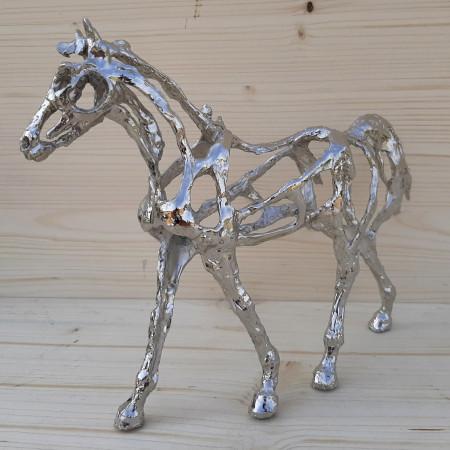 """Sculpture"""" Le cheval au pas """" ajourée..."""